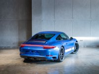 Porsche 911 Carrera 4 GTS - British Legend Edition (4.jpeg)