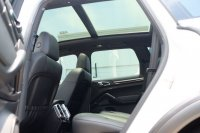 2012 Porsche Cayenne 3.6 V6 ATPM kondisi istimewa (WhatsApp Image 2018-03-23 at 2.06.09 PM.jpeg)