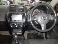 Suzuki SX4 X-Over MT Tahun 2009 (in depan.jpg)