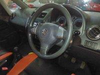 Suzuki SX4: X Over Tahun 2012 / 2011 (In Depan.jpg)