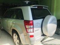 Mobil Suzuki Vitara Silver tahun 2007 (B4D98D8C-0187-4B02-9C73-7DF0D20DED7D.jpeg)