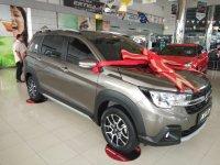 Jual XL-7: Suzuki Xl 7 zeta extraordinary auto transmisi