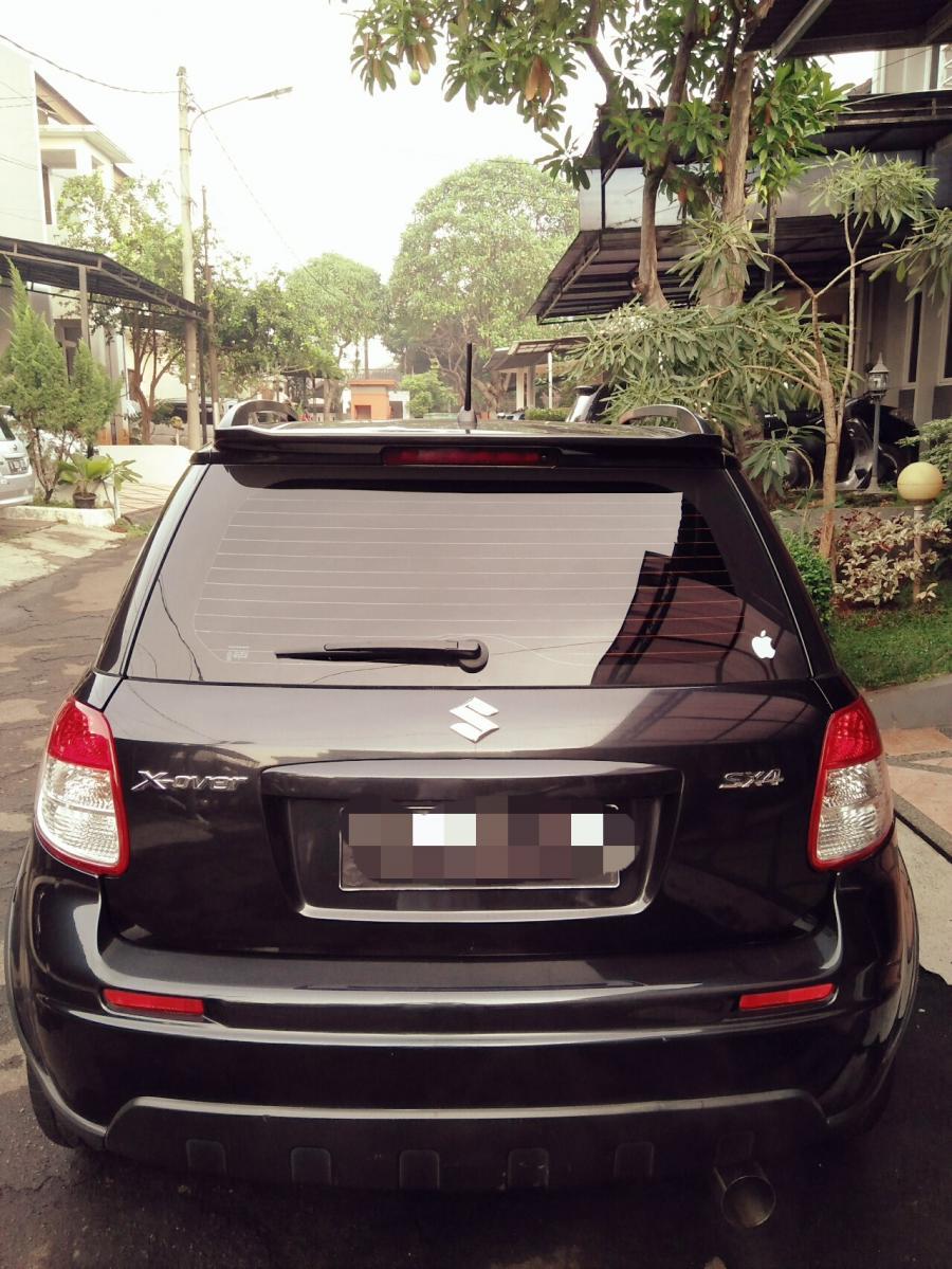 Dijual Suzuki x-over 2009 - MobilBekas.com