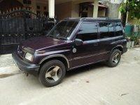 Suzuki: Di jual mobil escudo tahun 1996