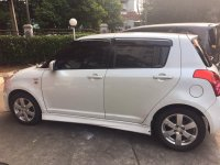 dijual cepat suzuki SWIFT ST th 2011 A/T white (image2.JPG)