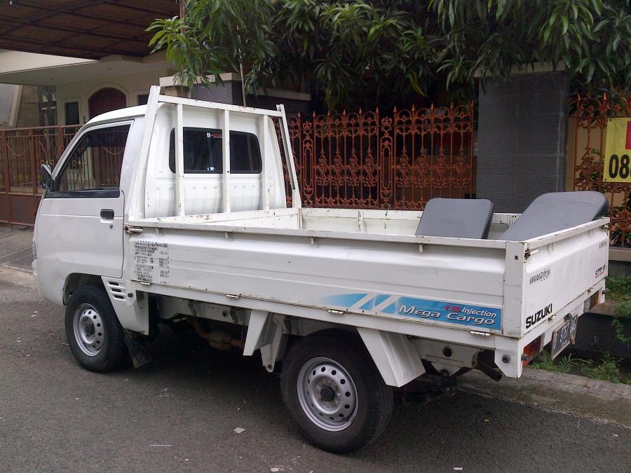 Suzuki carry pick up 2014 mega cargo - MobilBekas.com