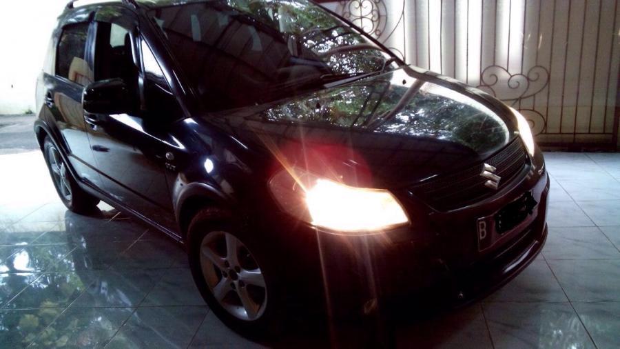 Suzuki x-over AT 2007 - MobilBekas.com
