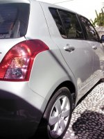Suzuki: Swift ST 4x2 AT thn 2011. 1500cc, Automatic, Color silver metalik (Swift ST 4x2 AT thn 2011_c.jpg)