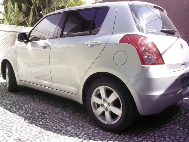 Swift ST 4x2 AT thn 2011. 1500cc, Automatic, Color silver ...