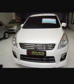 Suzuki: Ertiga GX Elegant'14 PMK'15 putih istimewa