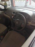 Suzuki Ertiga 1.4GL th2015 Kredit TDp 36jt (ertiga GL'15 kabin...jpg)