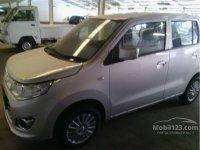 wagon gs si gesi irit (gallery_new-car-mobil123-suzuki-karimun-wagon-r-gs-wagon-r-hatchback-indonesia_7027993_lcRTjN8X0WmroIJ4c4FDsQ.jpg)