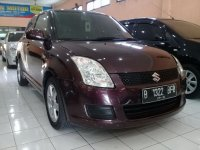 Suzuki swift St AT Tahun 2009 (swift B kanan.jpg)