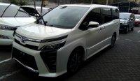 Jual Toyota: Ready stok voxy putih... Buktikan