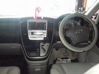 Toyota: Alphard 2.4 G Tahun 2004 (in depan.jpg)