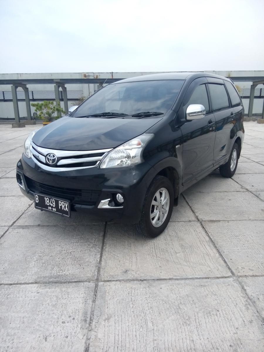 Toyota All New Avanza 13 G Manual Warna Hitam 2015 Km 9 Rban