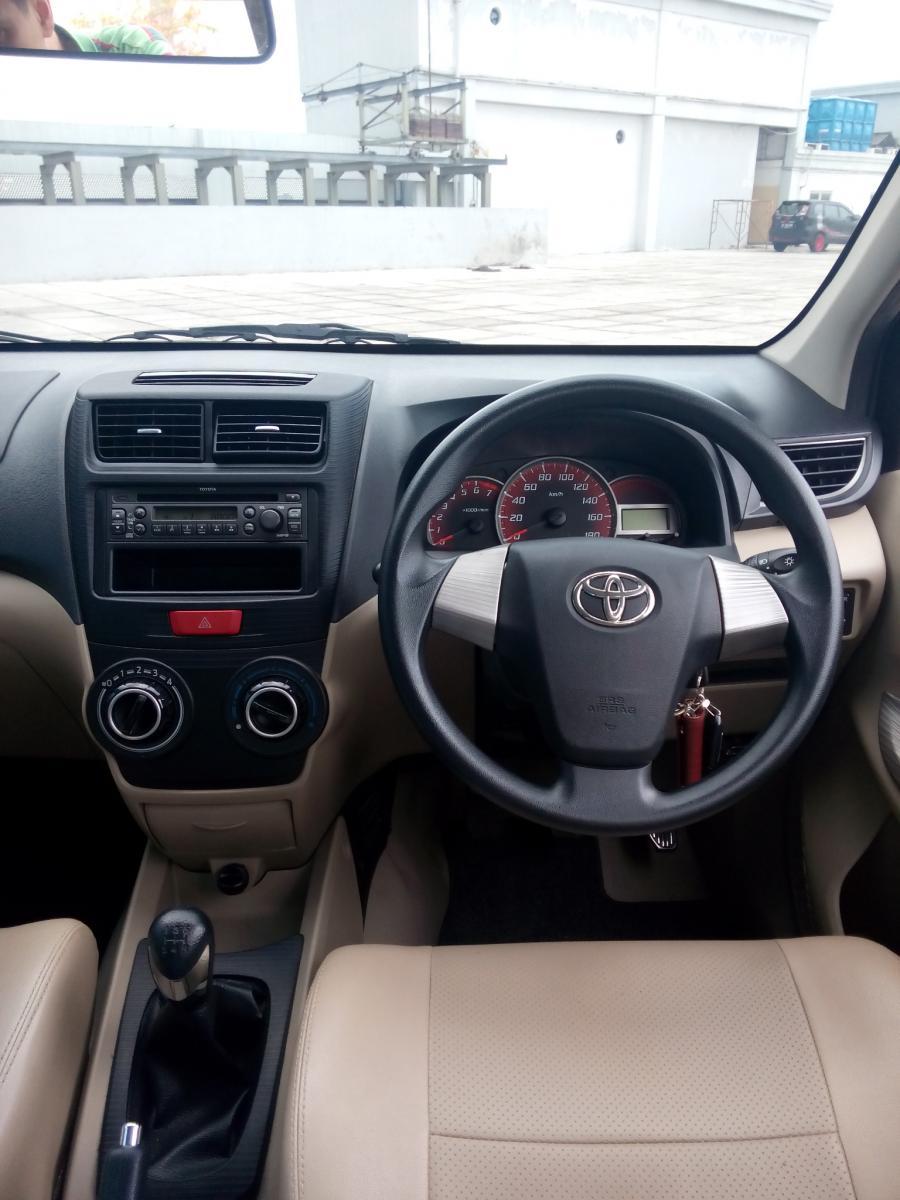 Toyota All New Avanza 1 3 G Manual Warna Hitam 2015 Km 9
