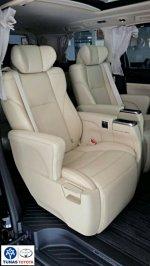Alphard: Promo Toyota  Alpahrd G A/T murah banget (41085ba0-5132-45ed-828c-2fbedf93c3bc.jpg)