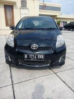 "Jual Toyota Yaris type ""E"" Matic Tahun 2012 Warna Hitam Unit Kami Di Jami"