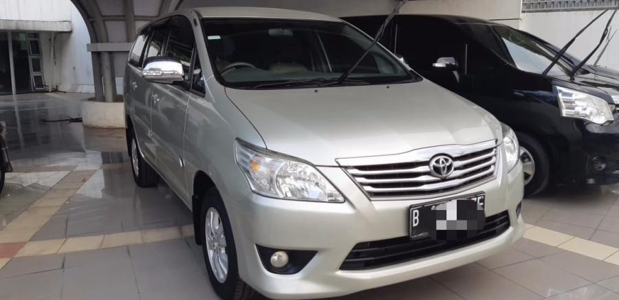 Dijual mobil bekas Toyota Kijang Innova G MT 2012, kondisi ...
