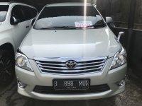 Toyota Innova V AT 2012 (0109FC21-3E4A-4C9C-AC64-B91485E34E47.jpeg)