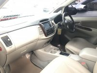 Toyota Innova V AT 2012 (494C0F55-44D2-400C-9412-254FE73B49F4.jpeg)