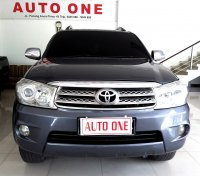 Jual Toyota Fortuner bensin 2.7 V Automatic