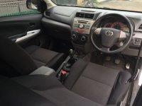 Dijual Mobil Toyota Avanza Veloz Tahun 2013 Warna Putih Manual