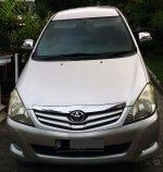 Jual Mobil Toyota Kijang Innova Tahun 2009 Solar AT Automatic Murah 2500cc