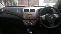 Jual mobil Toyota Agya TRD manual warna putih 2014
