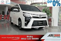 Jual Toyota Voxy 2.0 A/T DP 0%