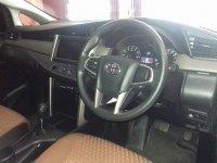 Toyota Kijang Innova Reborn V A/T Tahun 2016 (in depan.jpg)