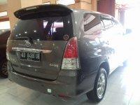 Toyota: Kijang Innova G Tahun 2011 (belakang.jpg)