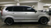 Toyota Avanza: Jual Mobil Kesayangan