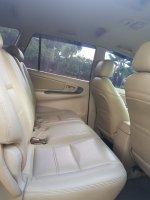 Toyota Kijang Innova 2.0 G AT Bensin 2005 (WhatsApp Image 2019-02-07 at 15.43.19 (1).jpeg)