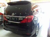 Toyota New Alphard 2.4 Tahun 2012 (belakang.jpg)