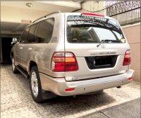 Toyota: LAND CRUISER 100 VX Japan Version (F21E18C4-8137-4EAC-8022-50E22D85F4B7.jpeg)
