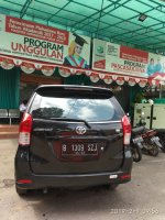Toyota New Avanza E 1.300 cc Manual  Tahun 2012 hitam metalik (ave.6.jpeg)