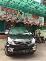 Toyota New Avanza E 1.300 cc Manual  Tahun 2012 hitam metalik (ave.8.jpeg)