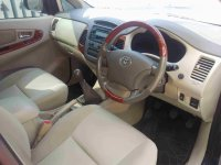 Toyota: Dijual Kijang Innova 2.0 V M/T, Hitam, Th.2007, KM. 60rb (Innova 4.jpg)