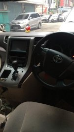 Toyota Vellfire type X 2012 low km (WhatsApp Image 2019-02-19 at 17.18.07.jpeg)