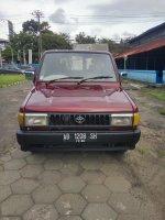 Jual Toyota: Kijang grand extra 95 merah maron