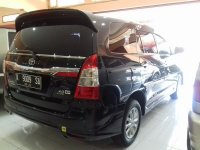 Toyota Kijang Grand New Innova V Luxury A/T Tahun 2012 (belakang.jpg)