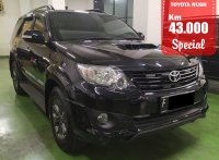 Jual TOYOTA FORTUNER TRD DIESEL BLACK 2015 SPECIAL CONDITION, KM 43 RB.