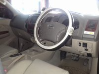Toyota Fortuner G Luxury A/T Tahun 2006 (in depan.jpg)