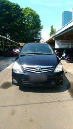 Toyota: Kijang Innova V AT 2010 Hitam (Point Blur_May132019_141745.jpg)