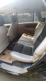 Toyota: Kijang Innova V AT 2010 Hitam (P_20190513_100104.jpg)
