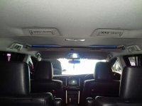 Toyota Kijang Innova Venturer Diesel A/T Tahun 2017 (in dalam 2.jpg)