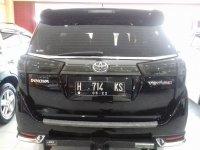 Toyota Kijang Innova Venturer Diesel A/T Tahun 2017 (belakang.jpg)