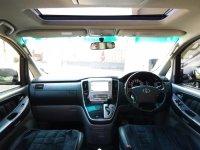 Toyota Alphard th 2006 (d6cac6d7-bab5-4271-a325-b63dfd2e6078.jpg)